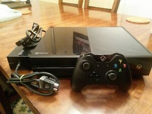 XBOX ONE with 1 game