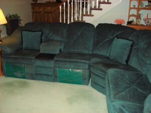Dark Green Fabric 3-Piece Sectional with Hide-a-Bed