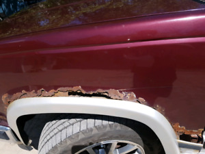 WANTED 88-98 CHEVY/GMC  fenders
