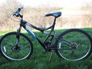 Selling Huffy Mountain Bike! NEED GONE QUICK!