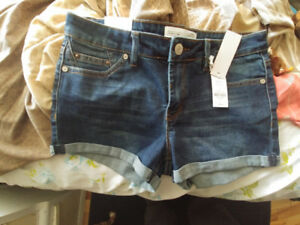 Brand new womens size 7 shorts tags still on them