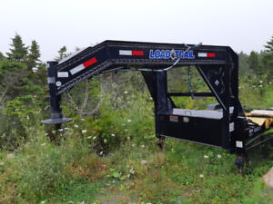 2017 like new 14 foot gooseneck trailer with fifth wheel pin