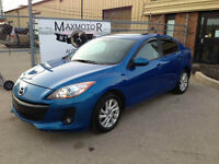 2013 Mazda3 GS-SKY FULLY LOADED Leather Sunroof