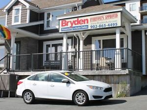 2015 Ford Focus SE / 2.0L I4 / Auto / FWD **Affordable**