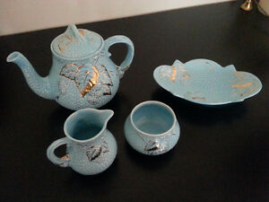 Wade Golden Turquise - Bramble Ware  Tea Set from England