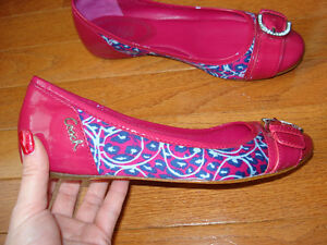 Size 7 Coach flats NEVER WORN London Ontario image 5