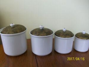 4 pots en porcelaine , HIMARK, années 70, Portugal,vintage,neufs