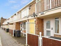 1 bedroom flat in Woolstaplers Way, South Bermondsey SE16