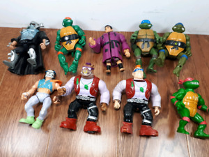 Teenage mutant ninja turtle figures