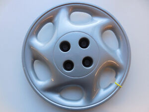 "SATURN S-SERIES 1997-1998 WHEEL COVER 15"" SILVER  21013027"