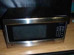 Micro-ondes /  microwave