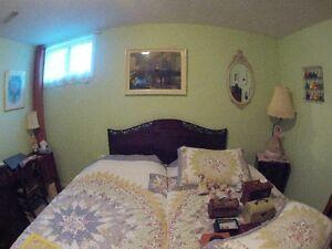 Antique bedroom set Cambridge Kitchener Area image 3