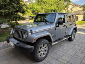 2013 Jeep WRANGLER UNLIMITED SAHARA UNLIMITED 4X4 2 TOP - Kanata
