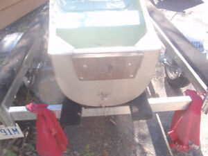Square Stern 16'  Canoe for sale