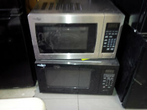 NEW SCRATCH AND DENT MICROWAVES-IN GREAT CONDITION