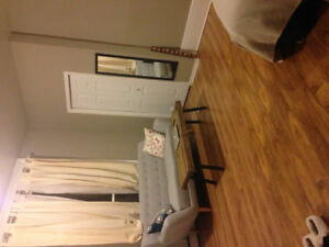 South End Bachelor (Heat/Hot Water included) $800 Lease Takeover