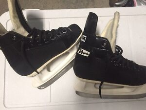 Hockey skates size 12 West Island Greater Montréal image 1