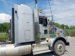 Kenworth T800 chrome exhaust system