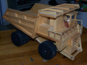 HANDMADE TRUCK AND LOADER