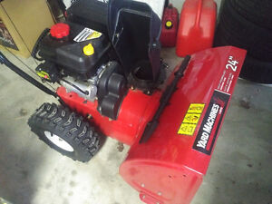 Like New Snowblower For Sale With Warranty