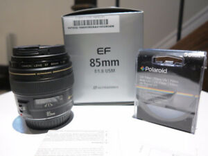 Canon EF 85mm f1.8 lens with UV filter