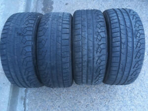 4 PNEUS D'HIVER / 4 WINTER TIRES 225/45/17 PIRELLI WINTER