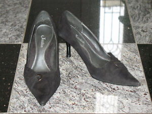Women's Black Pumps - Size 5