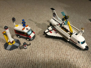 Lego Space Sets 3366 and 3367