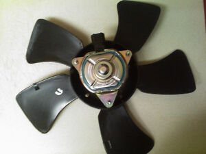 Nissan Sentra 2002-2006 Fans - Radiator and A/C