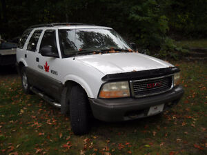 1998 Jimmy 4x4 Quebec Plated, New Winter Tires $800