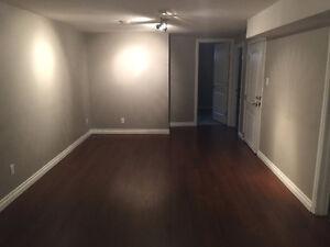Beautiful 2 Bdrm-Legal basement suite
