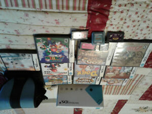 Nintendo DSi  with case and 15 games