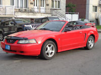 2004 Ford Mustang Convertible Édition spéciale