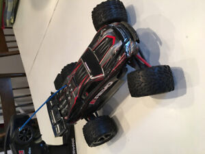 EREVO 1/16 Electric Racing Monster Truck