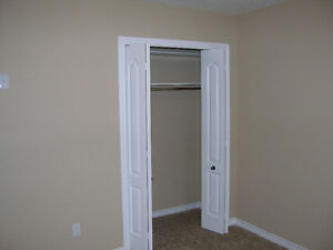 2 BEDROOM SENIORS APARTMENT.AVAILABLE NOW... London Ontario image 3