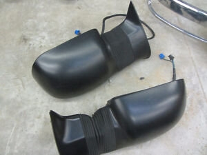 Gmc Sierra Fender Flares Mirrors Head Light Drive Shaft Cambridge Kitchener Area image 3