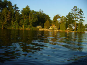 LOUGHBOROUGH LAKE PRIVATE ISLAND FISHING COTTAGE WEEKLY RENTAL