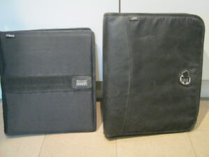 Selling 2 durable polyester covered binders - 1 with zipper