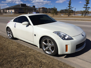 350Z NISSAN   2008    PRICE REDUCED  IMMACULATE  CARFAX LOW KMS