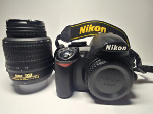 Appareil photo Nikon D3100 complet
