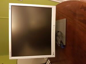 "Lg 19"" Flat Screen VGA Monitor"