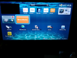40 inch 2012 Smart Tv and Xbox (barely used)