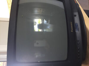 "14"" Panasonic TV colour in great working order with remote"