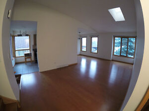 2BDR OPEN PLAN House for rent in SANDSTONE