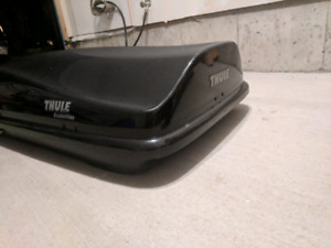 Thule Evolution : Rooftop Cargo Carrier (*damaged*)