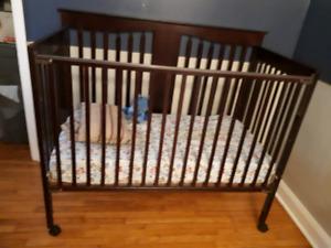 Espresso crib and mattress