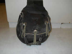 ANTIQUE LEATHER MOTORCYCLE SADDLE BAGS