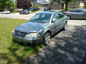 2005 Volkswagen Passat Sedan for parts