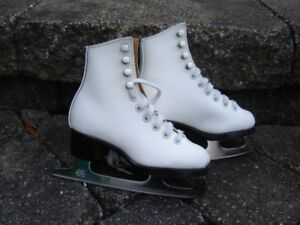 Patins à glace fillette  gr. 9