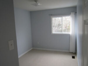 Room for Rent - House in Dartmouth - Roommates